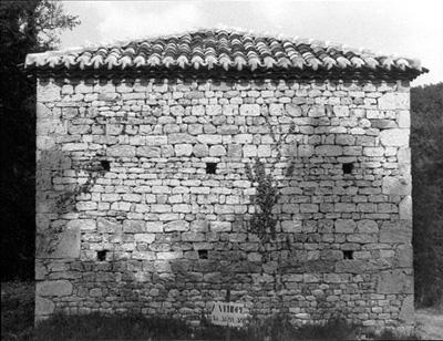L 39 enigme des pierres saillantes dans les ma onneries for Reboucher les trous dans un mur