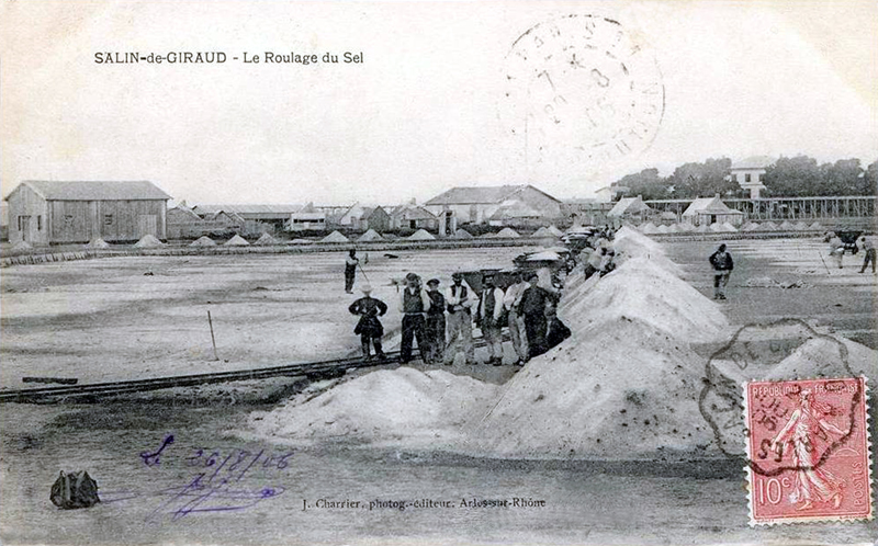 Les cabanes de saliniers salin de giraud arles bouches - Office du tourisme salin de giraud ...